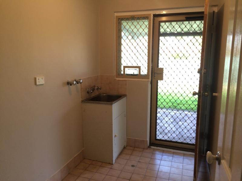 https://propertyphotos.vaultre.com.au/835/26904479__1619680904-24703-IMG5386.JPG