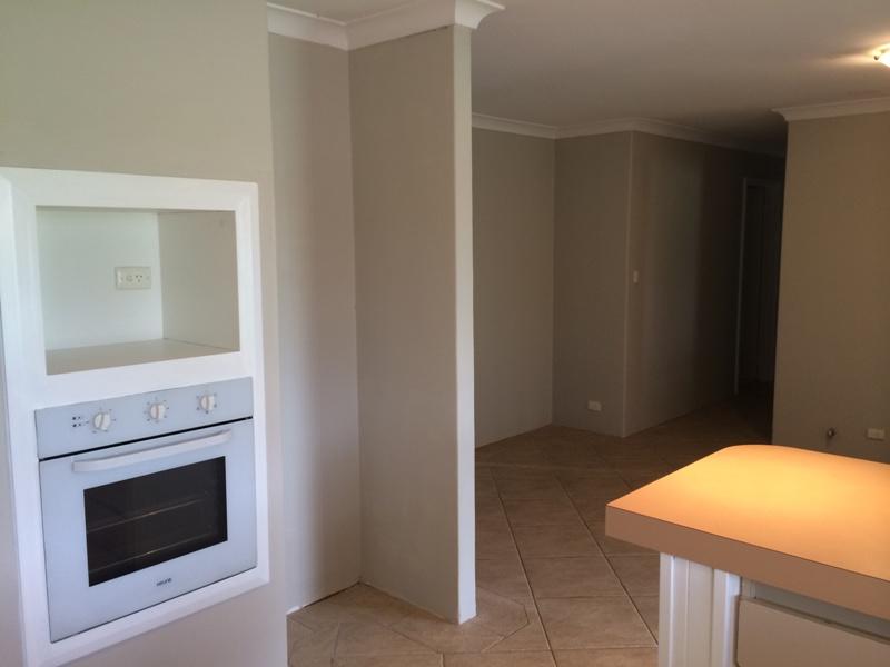 https://propertyphotos.vaultre.com.au/835/26904484__1619680908-12763-IMG5426.JPG