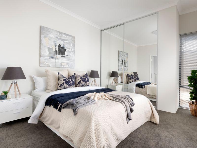 https://propertyphotos.vaultre.com.au/835/2989063__1573444821-13-reaimport-1568678572-347129-442175.jpg