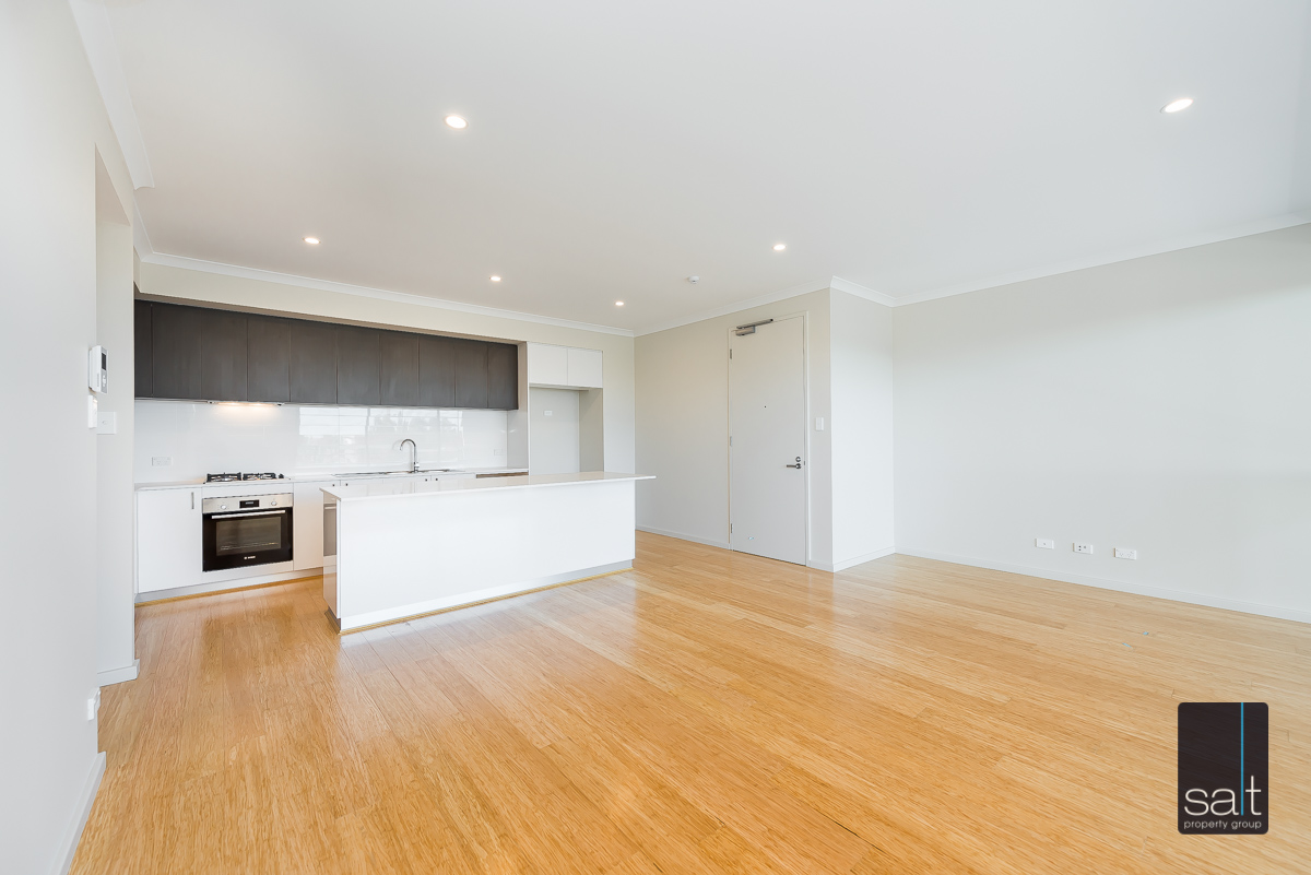 https://propertyphotos.vaultre.com.au/835/33961467__1625096679-20662-9164RiseleyStreetBooragoon-1.jpg