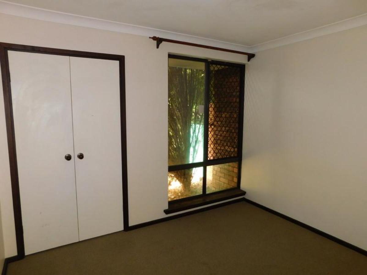 https://propertyphotos.vaultre.com.au/835/34045693__1625462456-3569-10.jpg