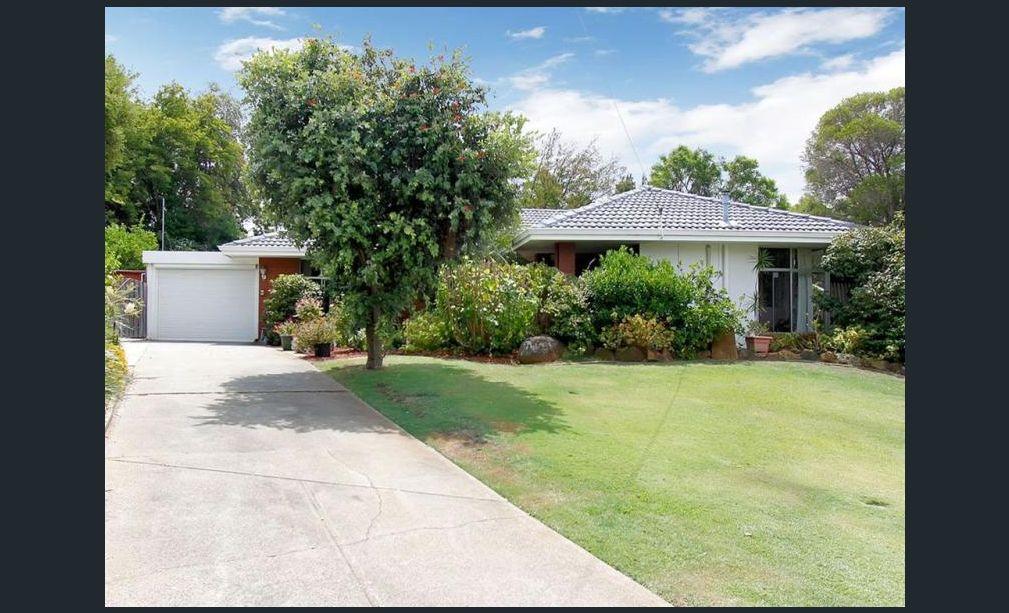 https://propertyphotos.vaultre.com.au/835/3943743__1576130266-1690-main.jpg