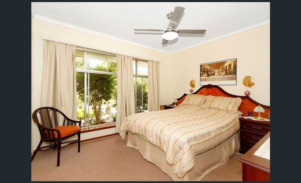 https://propertyphotos.vaultre.com.au/835/3943746__1576130461-4138-image10.jpg