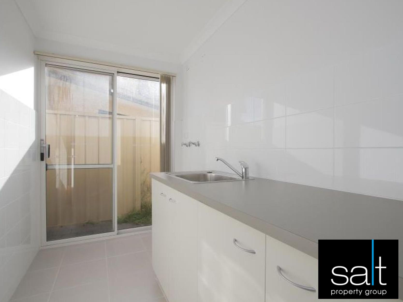https://propertyphotos.vaultre.com.au/835/3982773__1578275739-30694-image-5.jpg