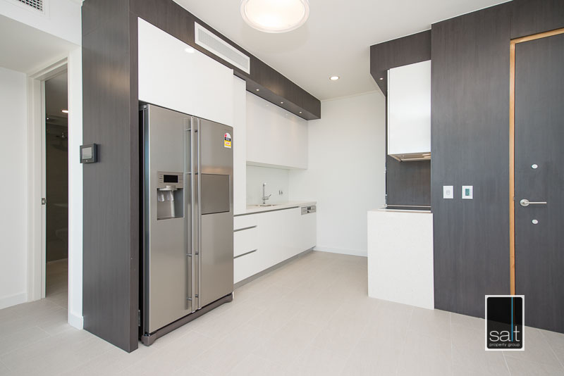 https://propertyphotos.vaultre.com.au/835/3988963__1578459414-18360-602-19OgilvieRdMtPleasant-3.jpg