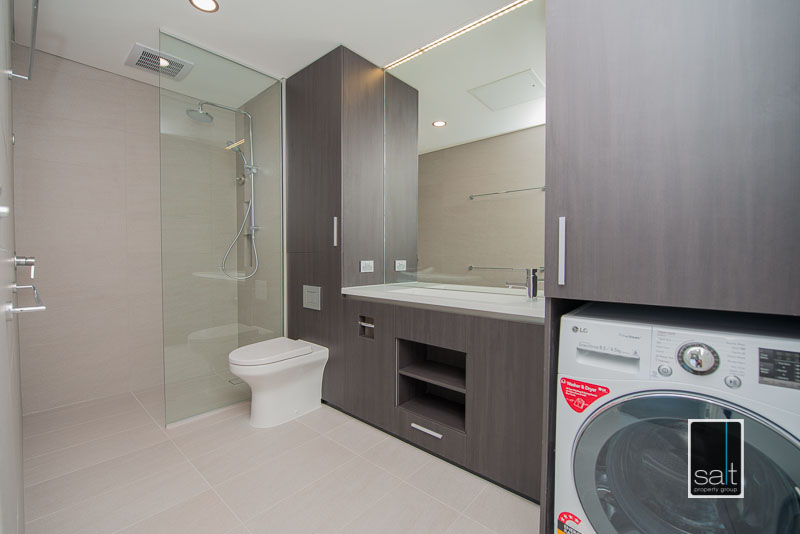 https://propertyphotos.vaultre.com.au/835/3988964__1578459415-28411-602-19OgilvieRdMtPleasant-4.jpg