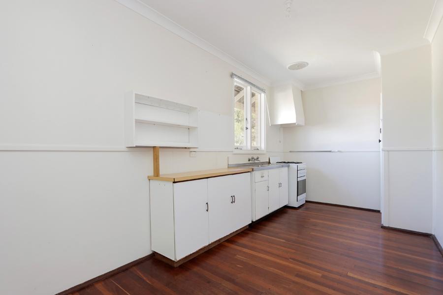 https://propertyphotos.vaultre.com.au/835/3989044__1578460049-31454-IMG0218.jpg