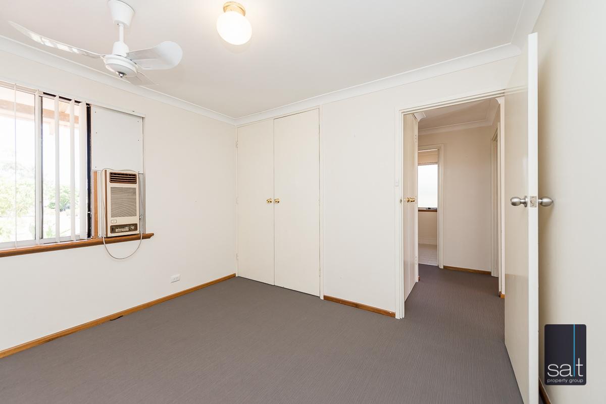 https://propertyphotos.vaultre.com.au/835/4012938__1579245234-3593-6PalmPlaceWilson-12.jpg