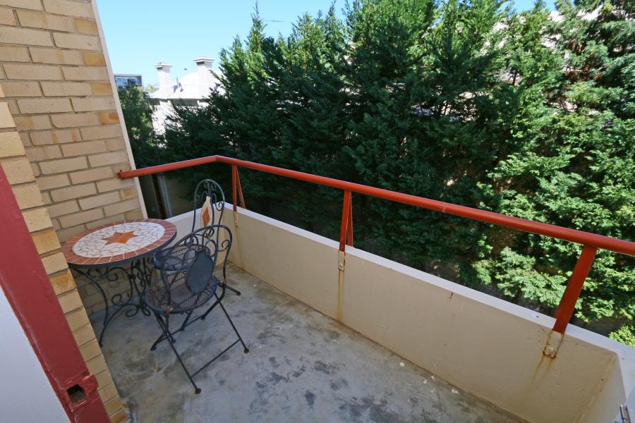 https://propertyphotos.vaultre.com.au/835/4030609__1579760849-15584-IMG0051.JPG