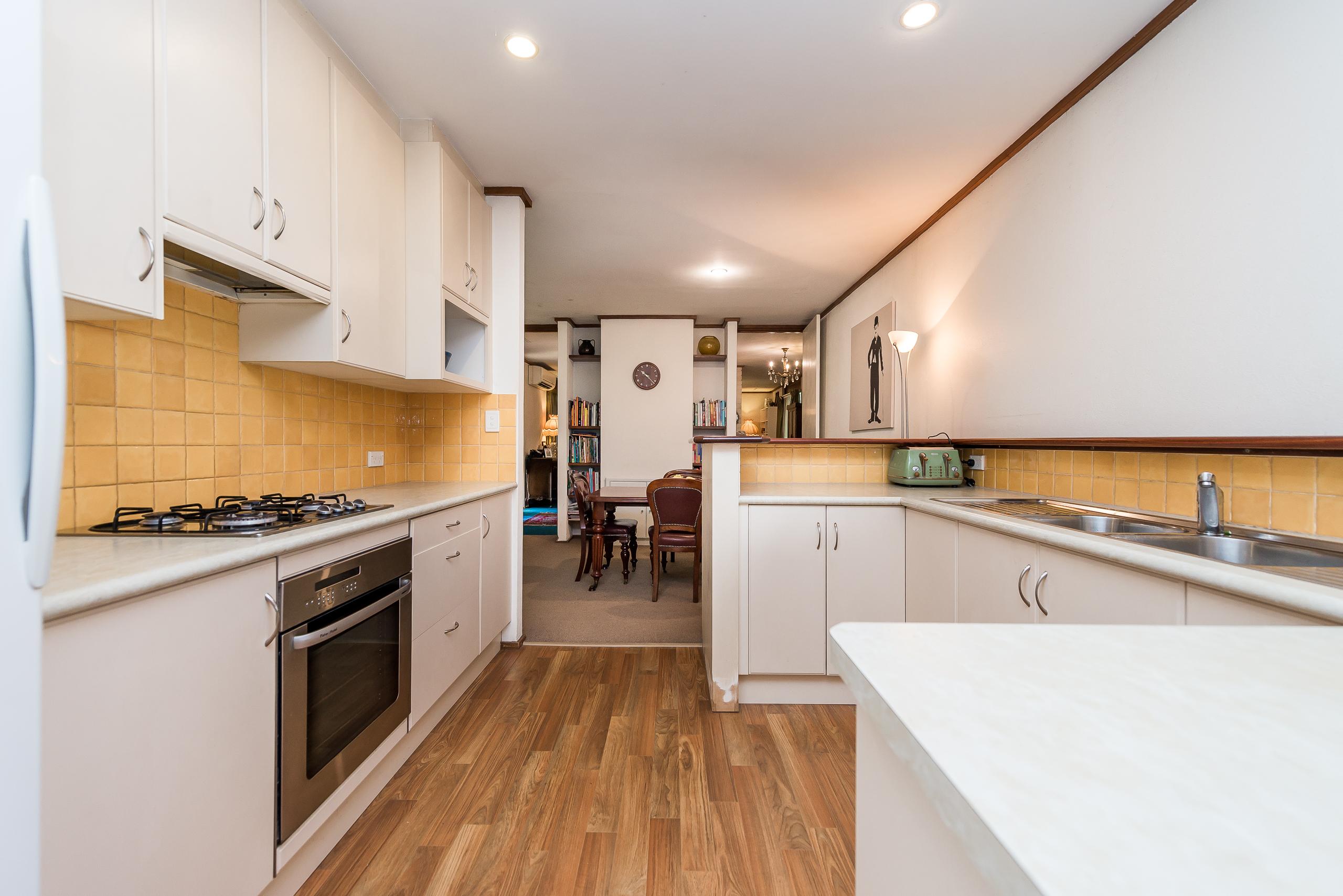 https://propertyphotos.vaultre.com.au/835/4038016__1580202735-26539-2cMathesonRoadApplecross-9.jpg