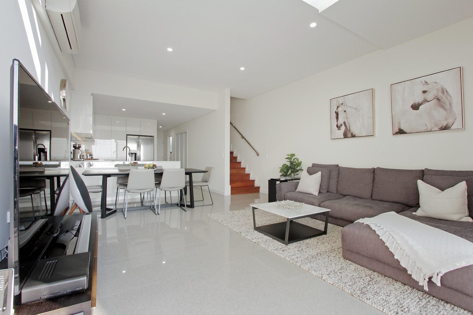 https://propertyphotos.vaultre.com.au/835/4044482__1580365659-22284-010.JPG