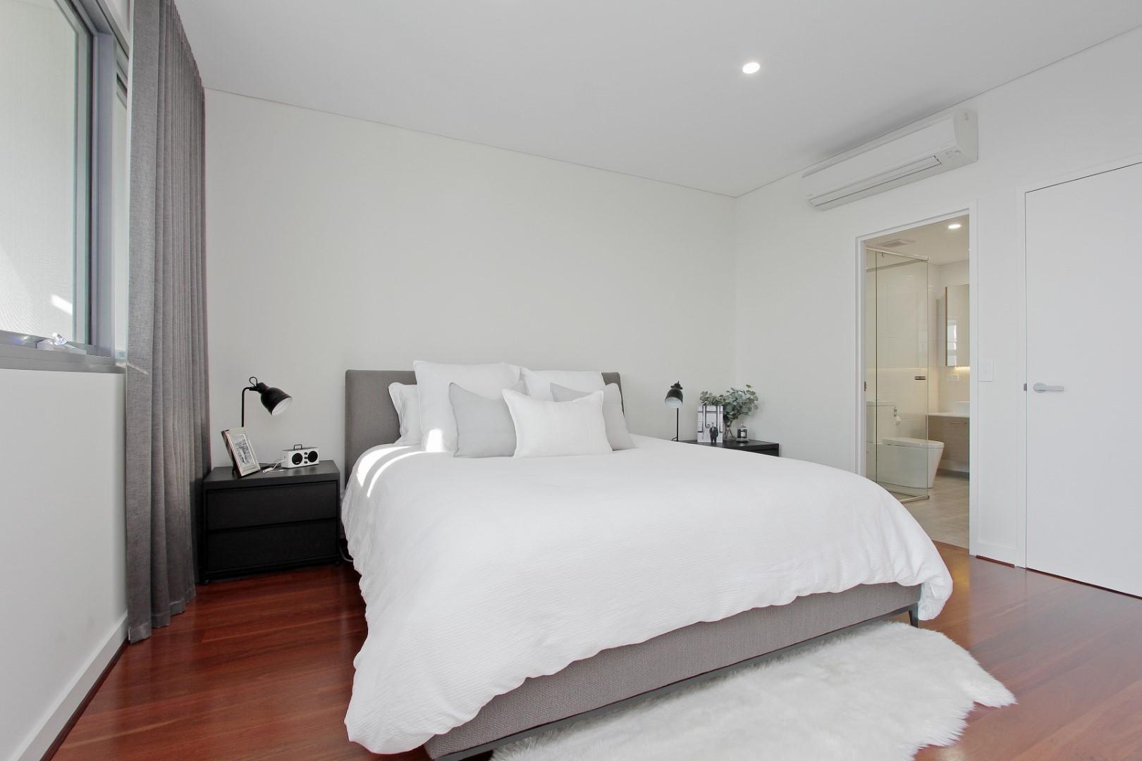 https://propertyphotos.vaultre.com.au/835/4044491__1580365669-22336-019.JPG