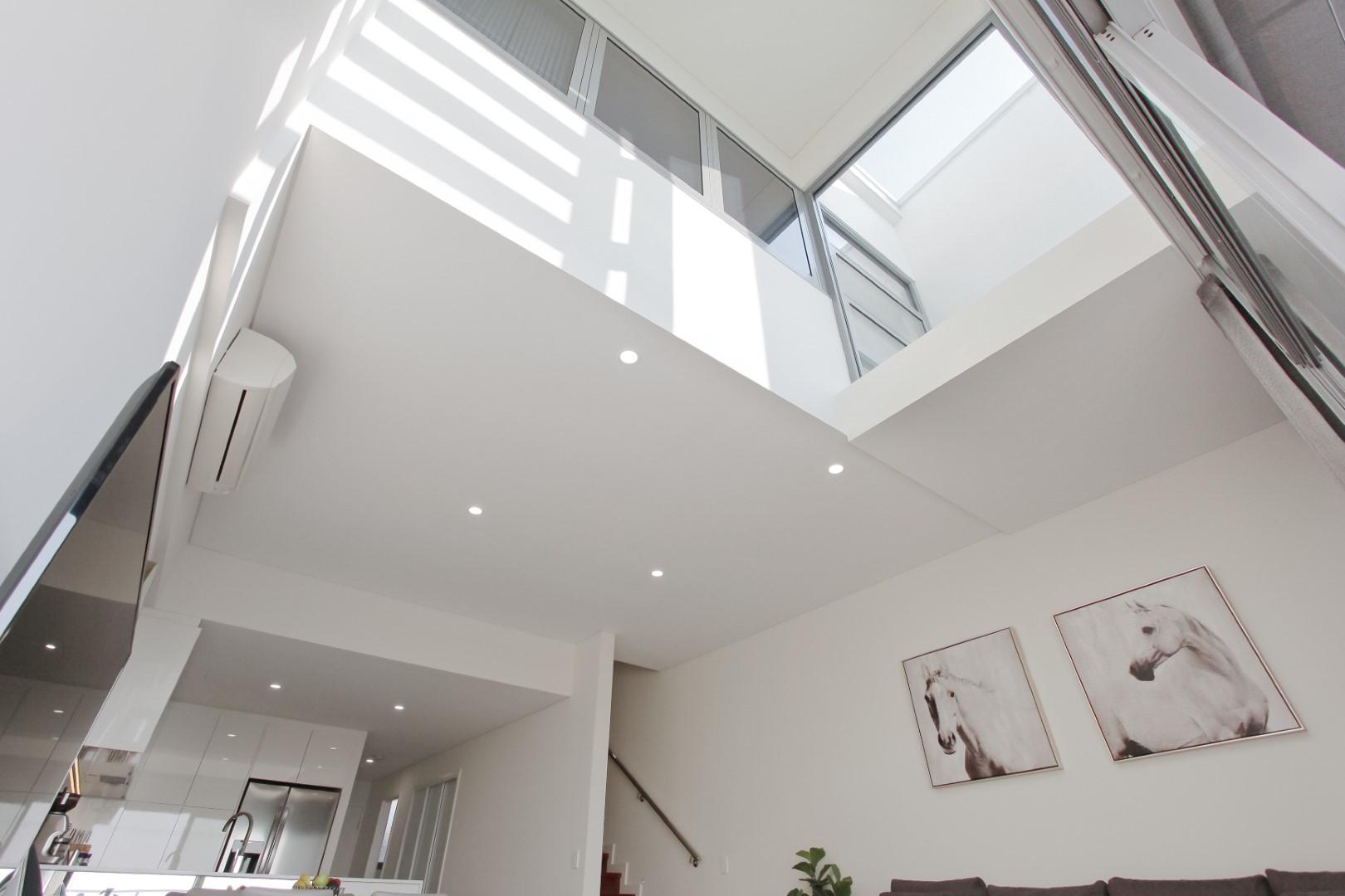 https://propertyphotos.vaultre.com.au/835/4044534__1580365956-23485-IMG0328.JPG
