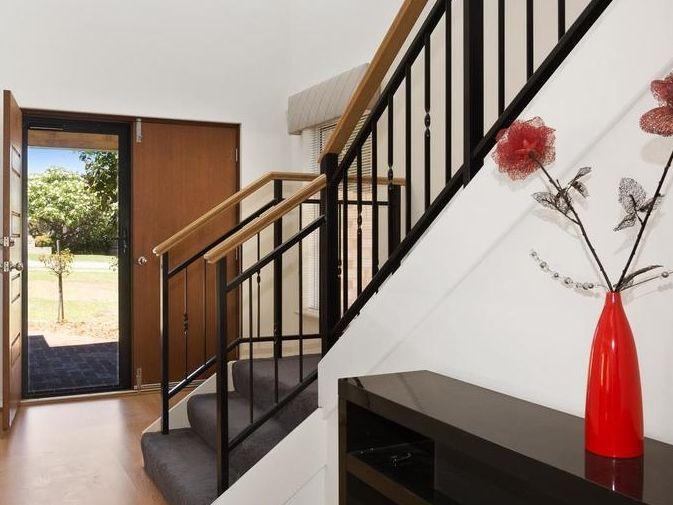 https://propertyphotos.vaultre.com.au/835/4131891__1580787193-9-reaimport-1568684716-347450-29118.jpg