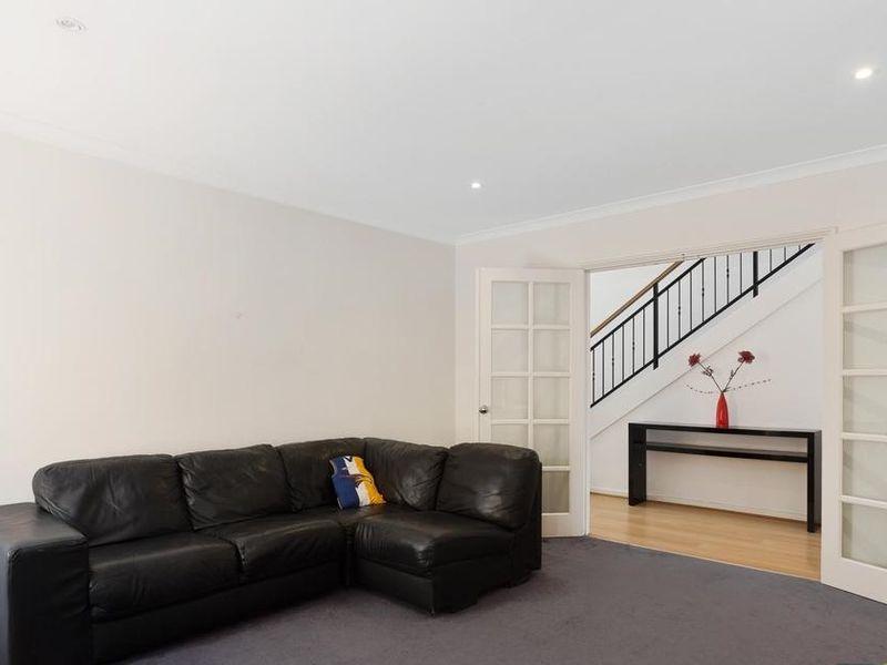 https://propertyphotos.vaultre.com.au/835/4131892__1580787193-10-reaimport-1568684717-347450-29118.jpg