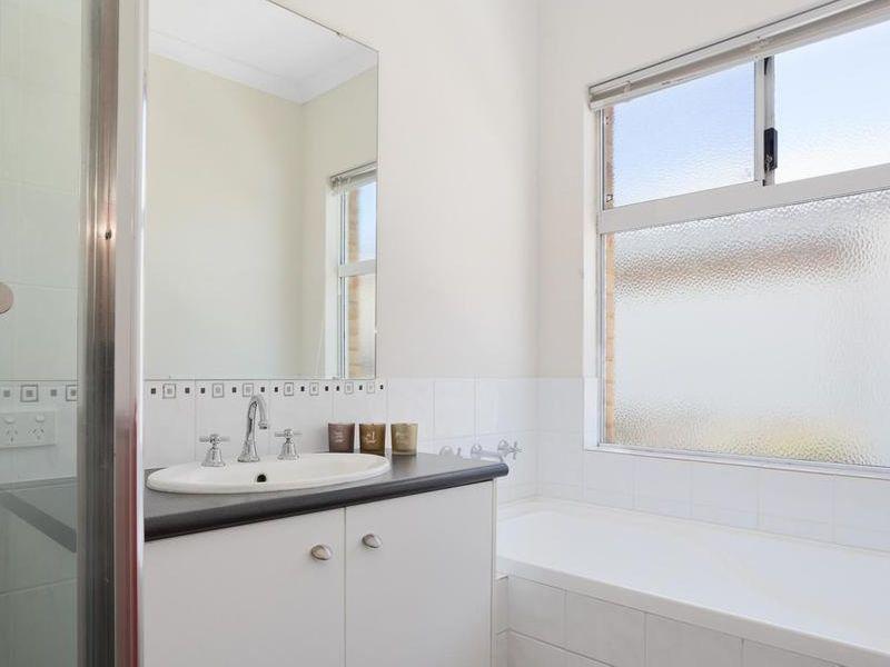 https://propertyphotos.vaultre.com.au/835/4131898__1580787193-15-reaimport-1568684718-347450-29118.jpg