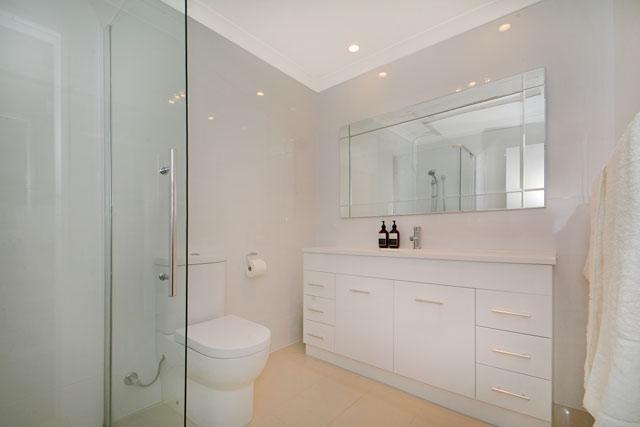 https://propertyphotos.vaultre.com.au/835/4471710__1582507078-2816-18.jpg