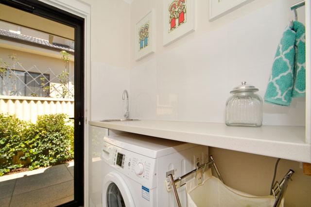 https://propertyphotos.vaultre.com.au/835/4471712__1582507081-2827-19.jpg