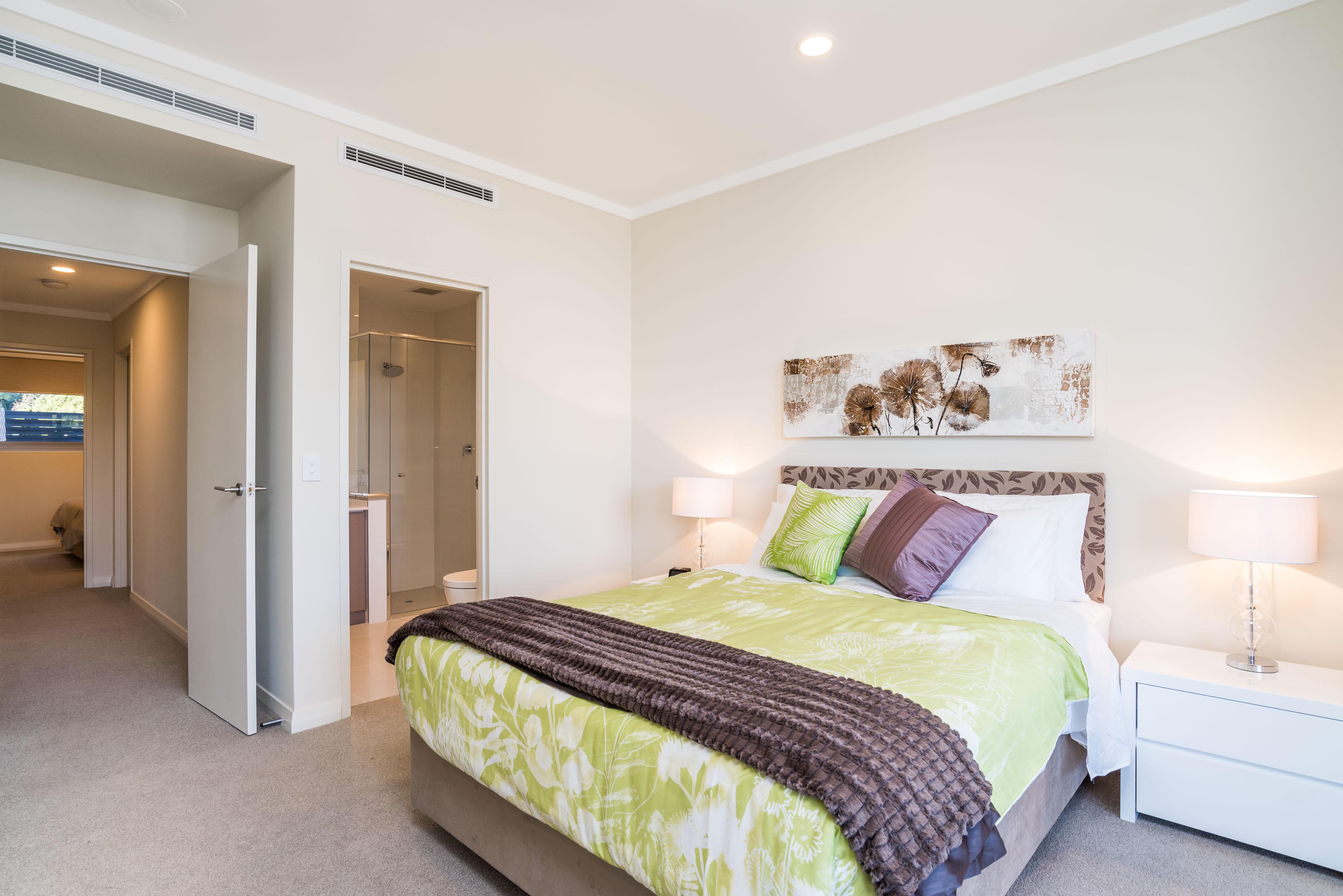 https://propertyphotos.vaultre.com.au/835/4541930__1582871121-7525-PRINT1-21QueensStreetMtPleasant2.jpg