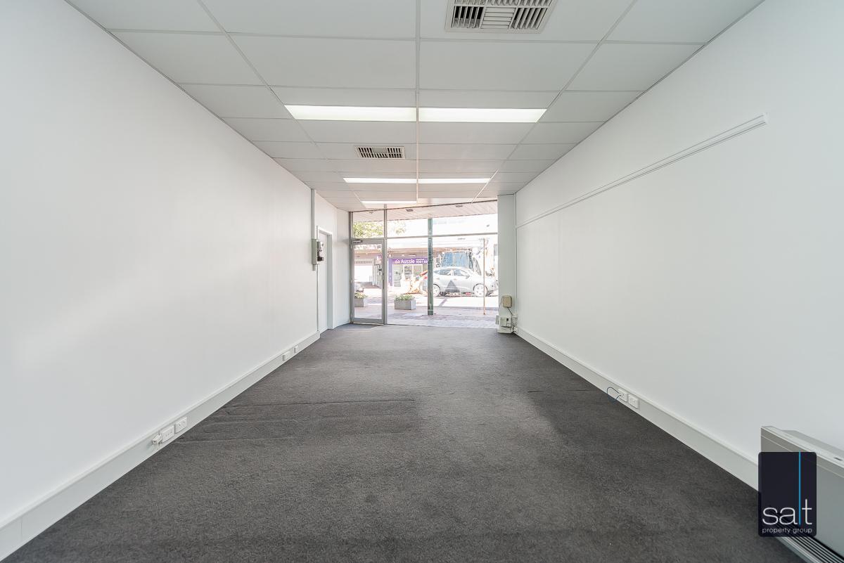 https://propertyphotos.vaultre.com.au/835/4601587__1583298400-18592-434AlbanyHighwayVictoriaPark-3.jpg