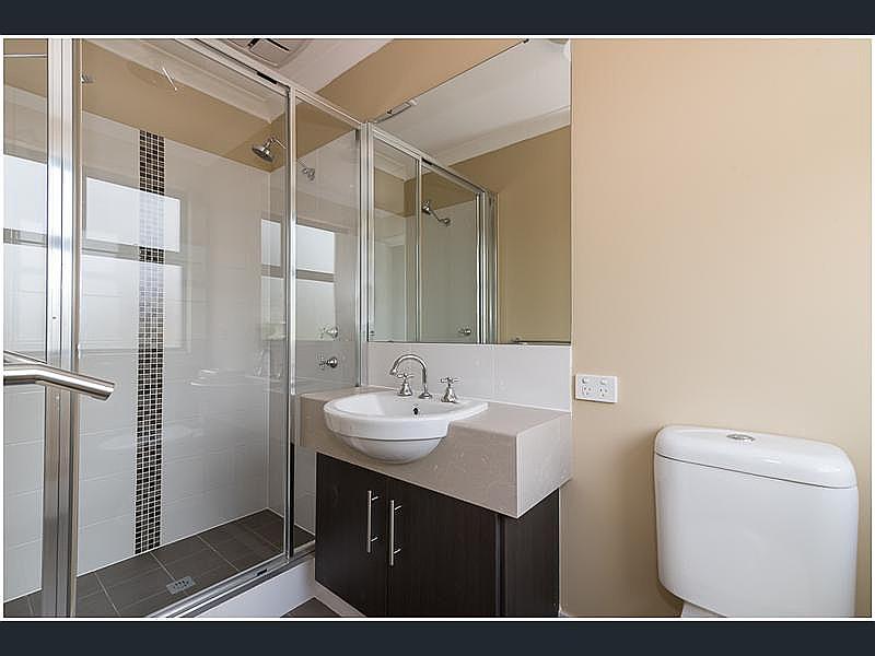 https://propertyphotos.vaultre.com.au/835/4631059__1584070514-11905-reaimport-1568684450-347406-29075.jpg
