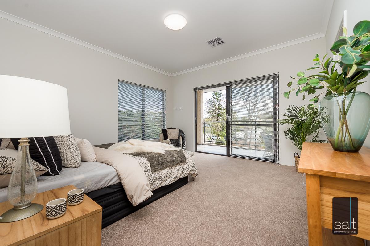 https://propertyphotos.vaultre.com.au/835/4658782__1585013427-14776-18LealtPlArdross-6.jpg