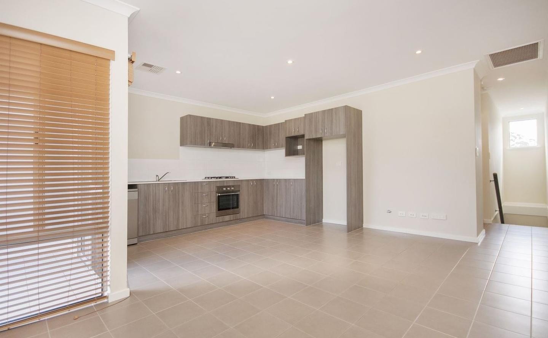 https://propertyphotos.vaultre.com.au/835/4857950__1587018559-31037-image5.jpg