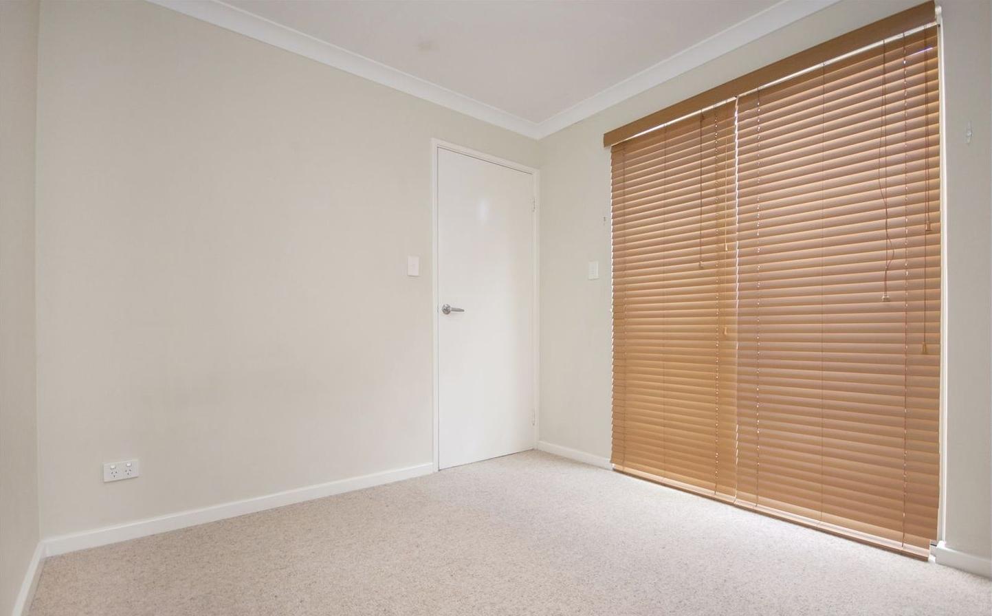 https://propertyphotos.vaultre.com.au/835/4857954__1587018563-5381-image9.jpg