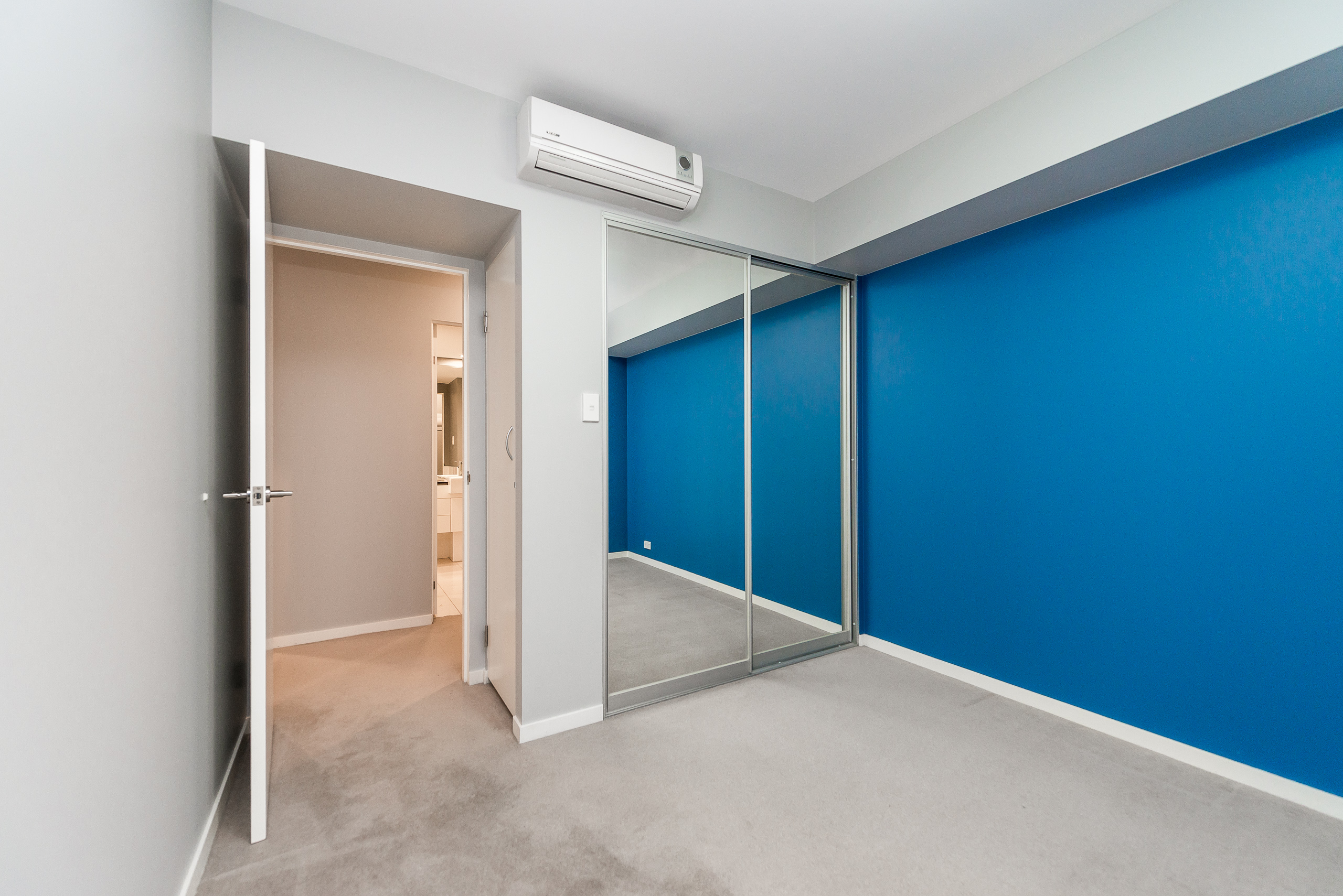https://propertyphotos.vaultre.com.au/835/5842919__1588837389-20789-12131HaroldStreetHighgate-8.jpg