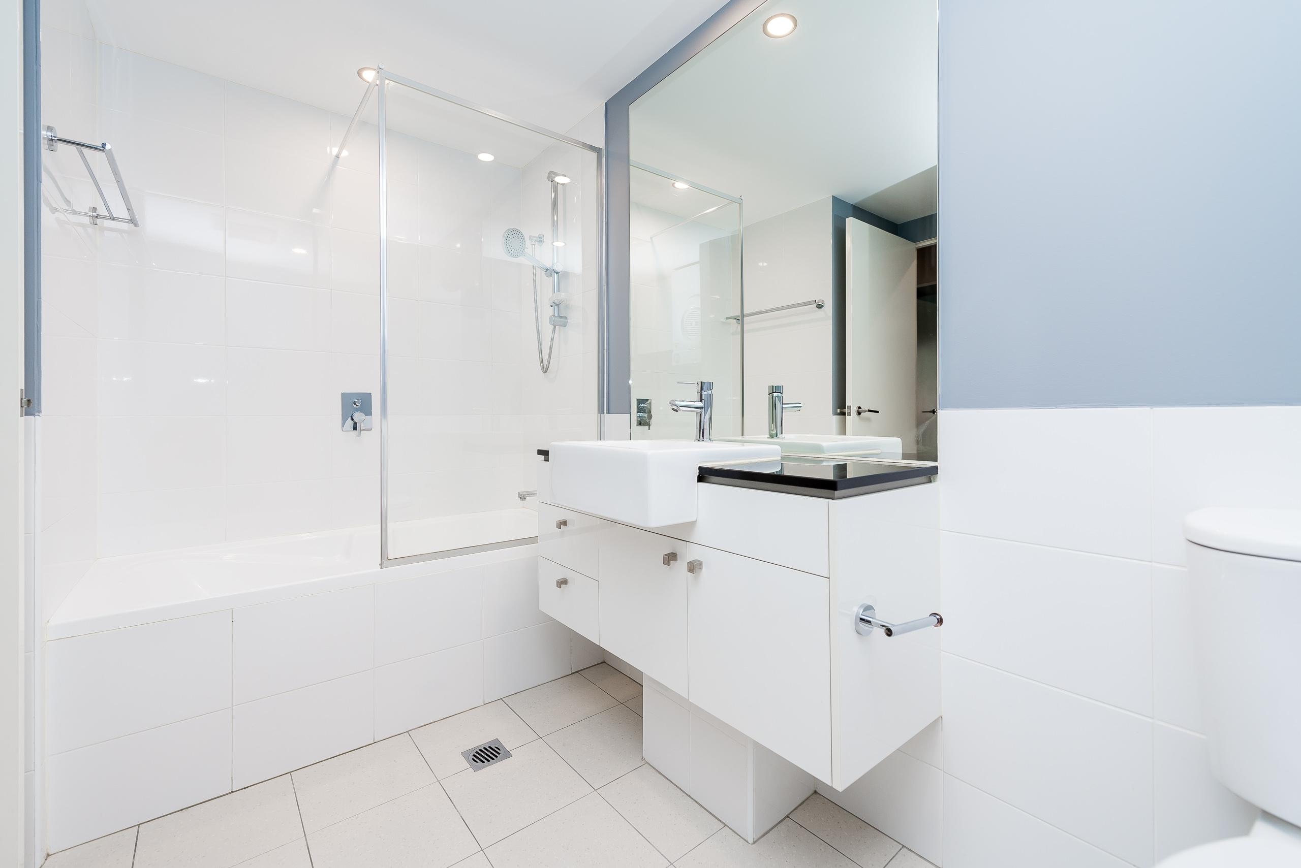 https://propertyphotos.vaultre.com.au/835/5842924__1588837443-20826-12131HaroldStreetHighgate-13.jpg