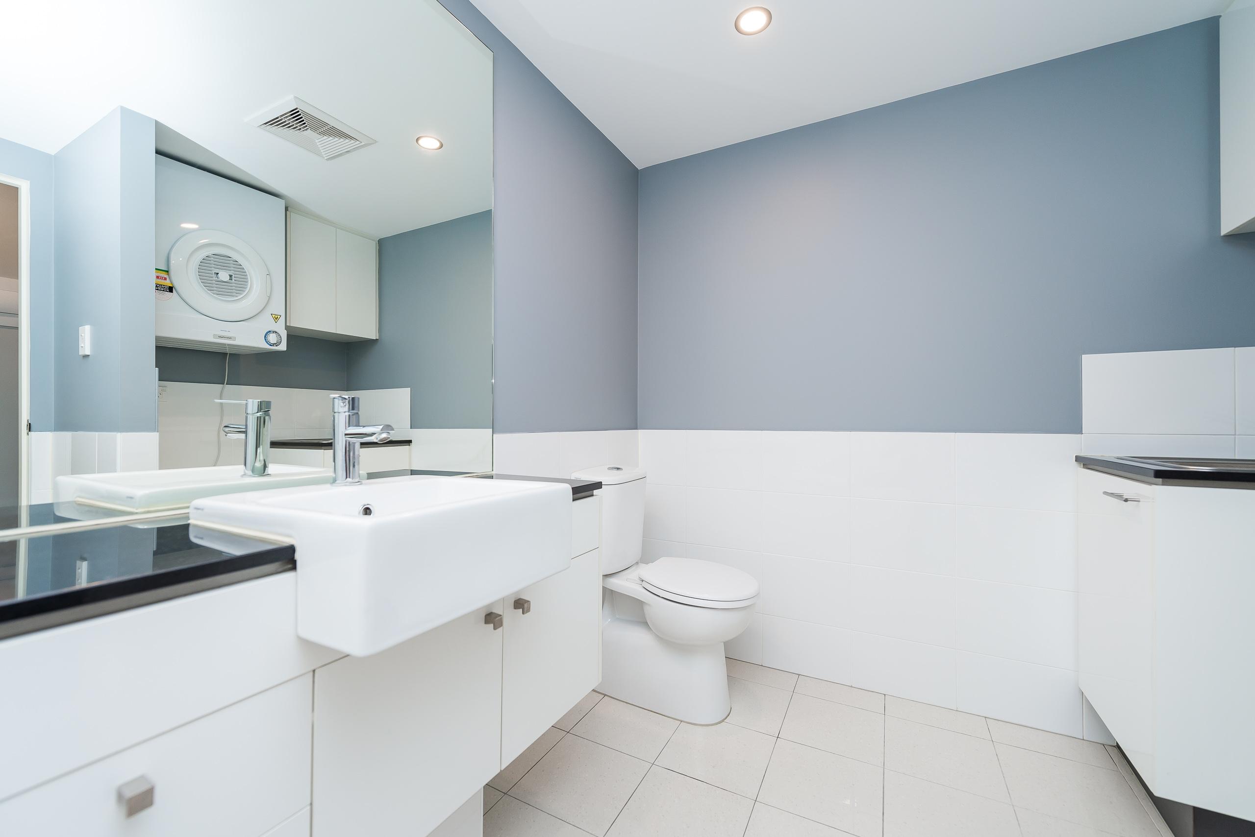https://propertyphotos.vaultre.com.au/835/5842925__1588837450-20831-12131HaroldStreetHighgate-14.jpg