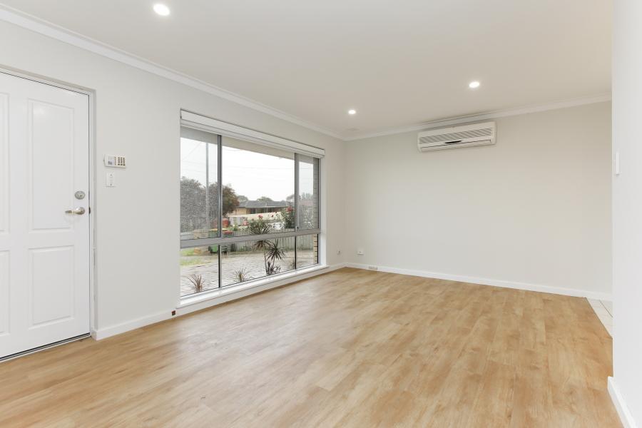 https://propertyphotos.vaultre.com.au/835/6908225__1590036206-25417-IMG0018.JPG