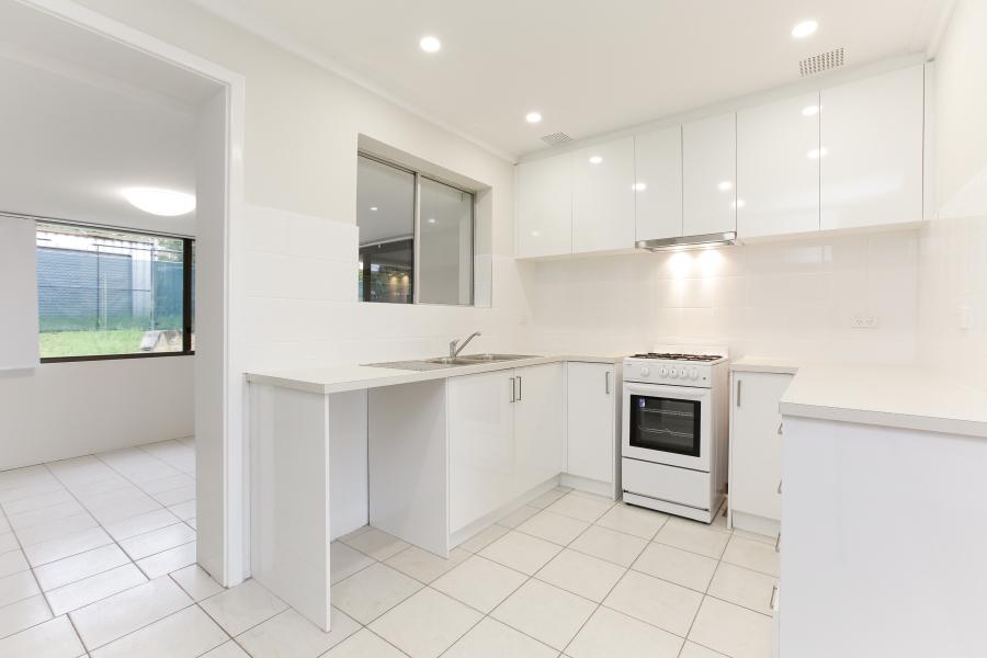https://propertyphotos.vaultre.com.au/835/6908230__1590036213-3843-IMG0022.JPG