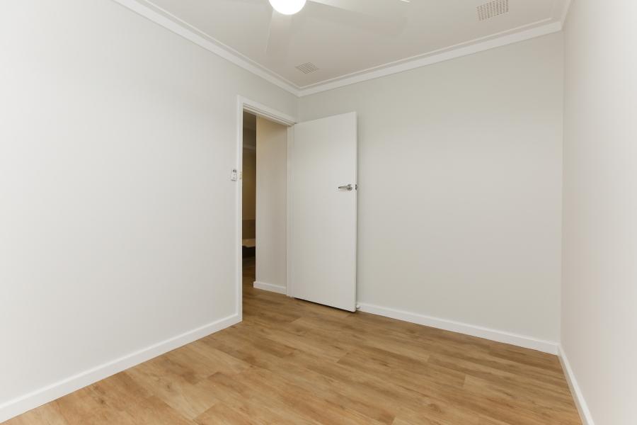 https://propertyphotos.vaultre.com.au/835/6908242__1590036226-25518-IMG0034.JPG