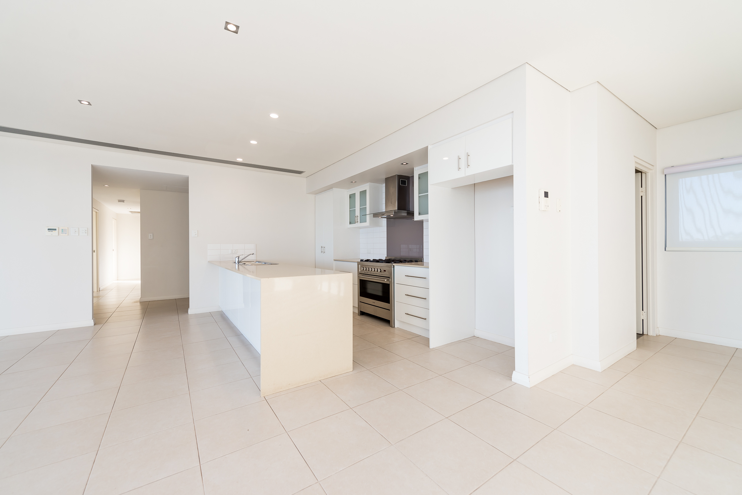 https://propertyphotos.vaultre.com.au/835/7125057__1590123802-25859-1852RollinsonRoadNorthCoogee-5.jpg