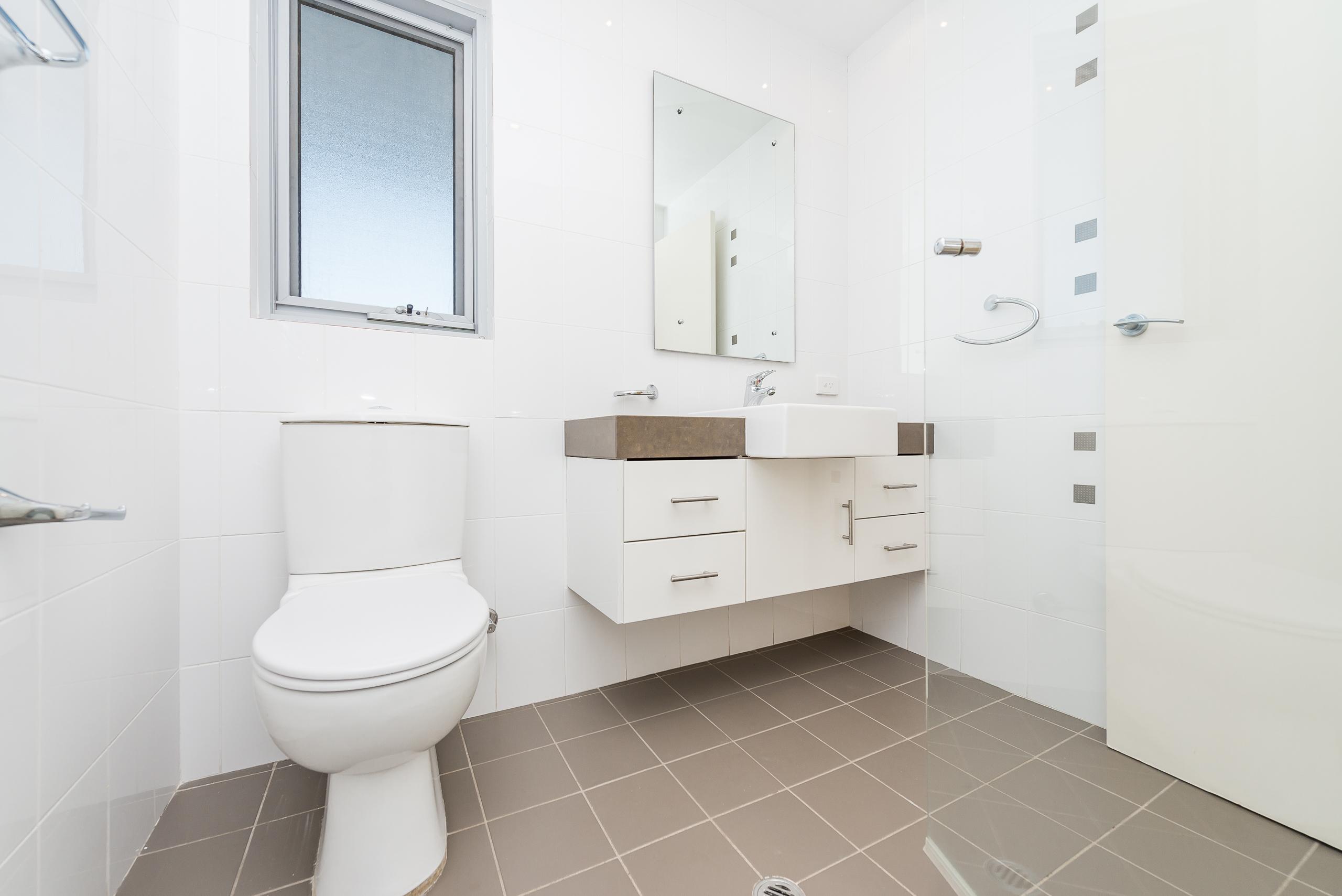 https://propertyphotos.vaultre.com.au/835/7125147__1590123993-25981-1852RollinsonRoadNorthCoogee-14.jpg