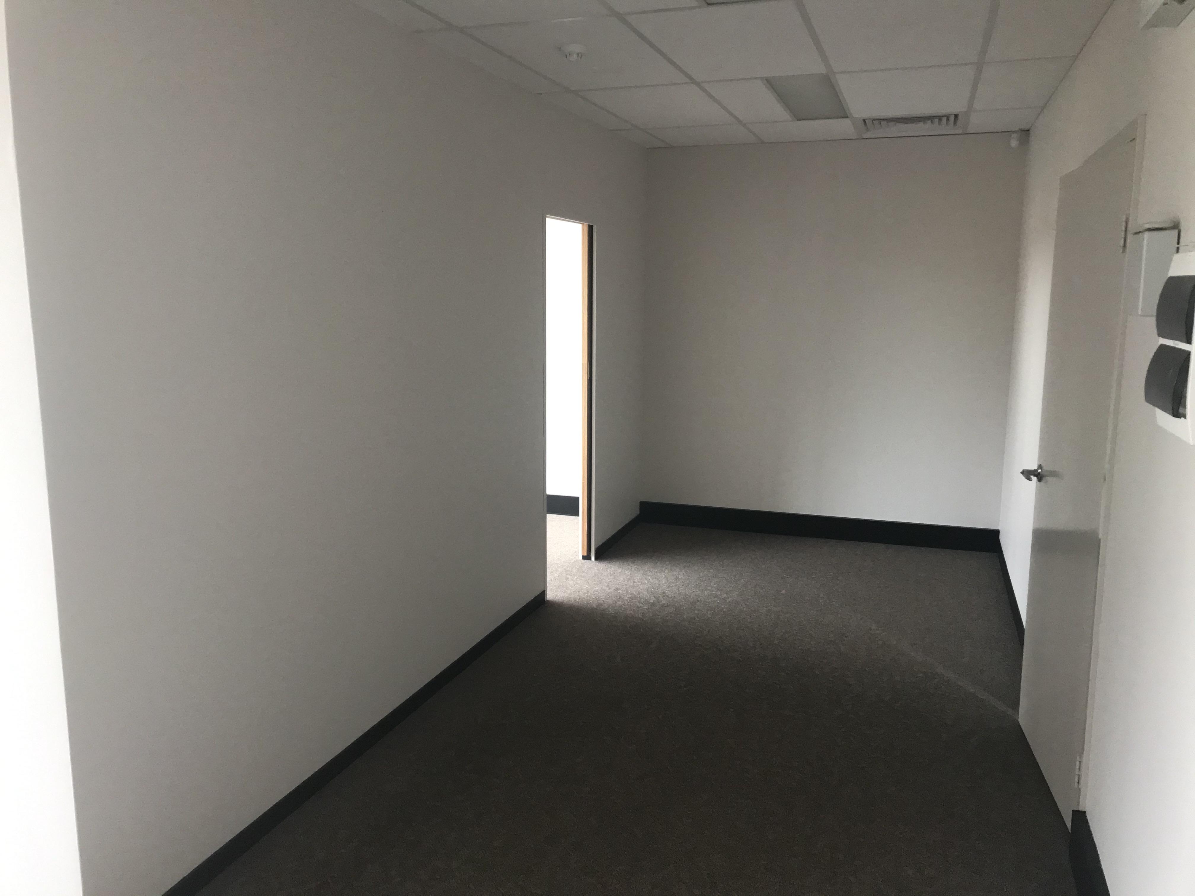 https://propertyphotos.vaultre.com.au/835/7465309__1590732235-16398-IMG1444.jpg