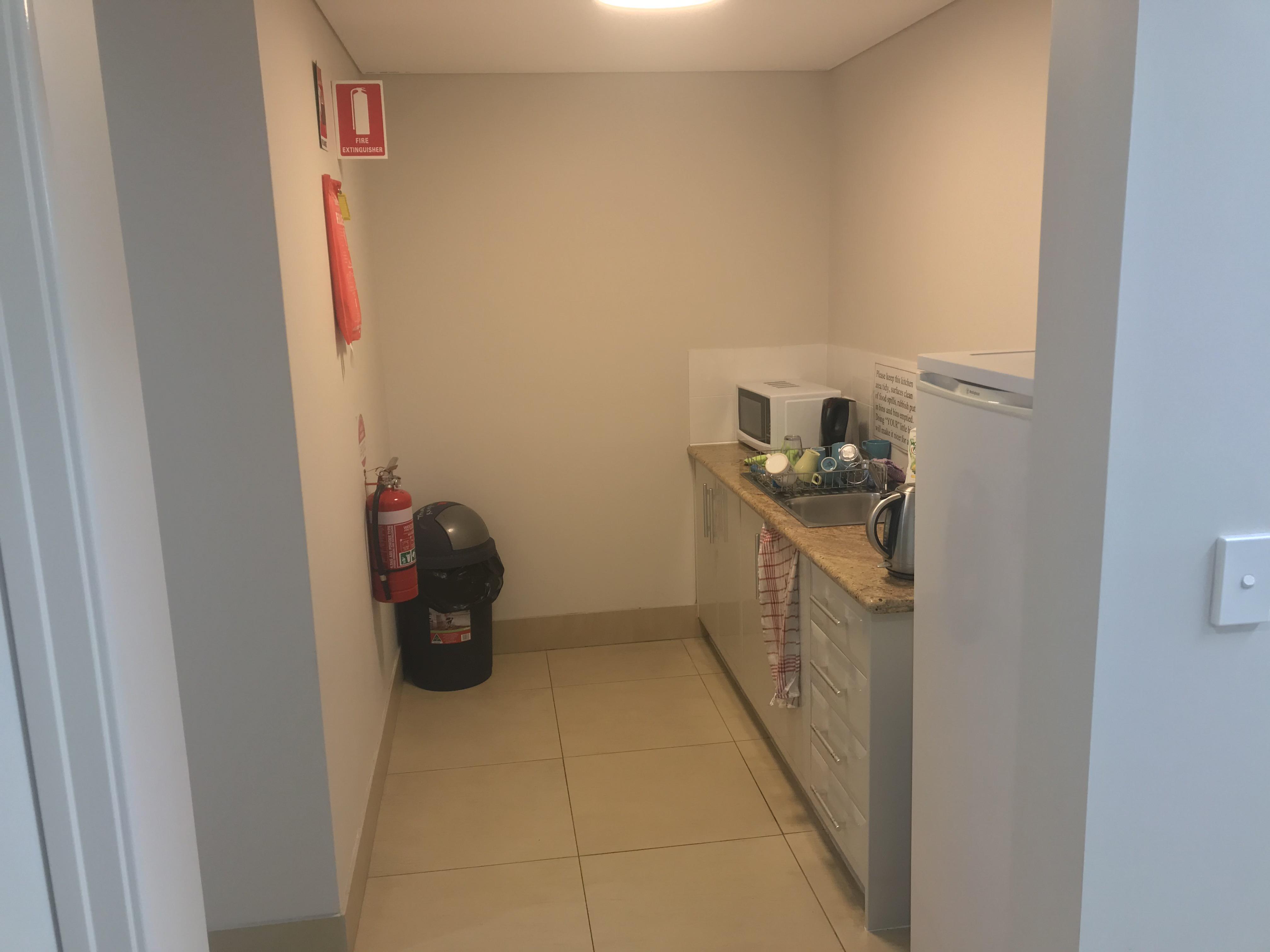https://propertyphotos.vaultre.com.au/835/7465317__1590732250-16499-IMG1459.jpg