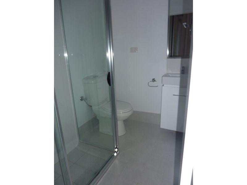 https://propertyphotos.vaultre.com.au/835/756325__reaimport-1568678419-347091-28898.jpg