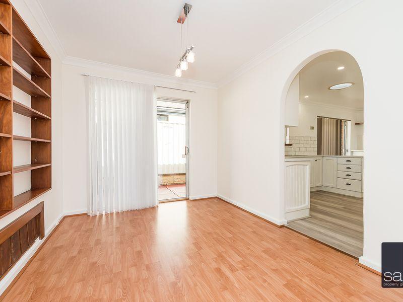 https://propertyphotos.vaultre.com.au/835/756440__reaimport-1568678457-347100-28907.jpg