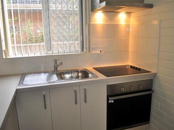 https://propertyphotos.vaultre.com.au/835/756483__reaimport-1568678473-347106-28912.jpg