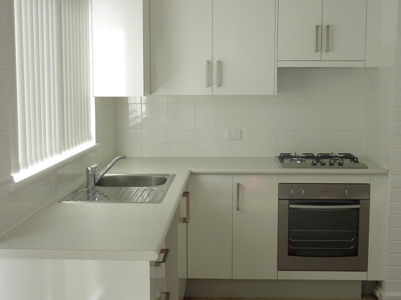 https://propertyphotos.vaultre.com.au/835/756494__reaimport-1568678476-347108-28914.jpg