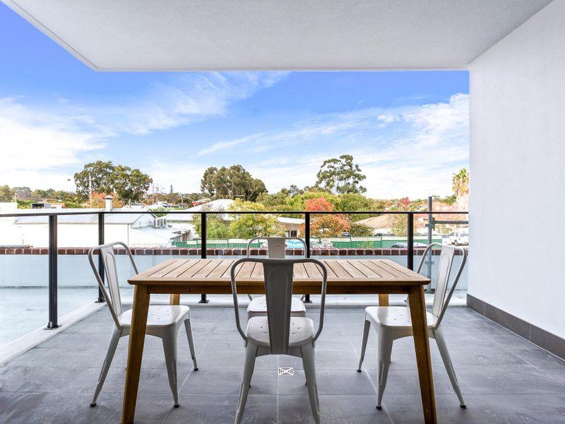 https://propertyphotos.vaultre.com.au/835/756610__reaimport-1568678520-347118-442164.jpg
