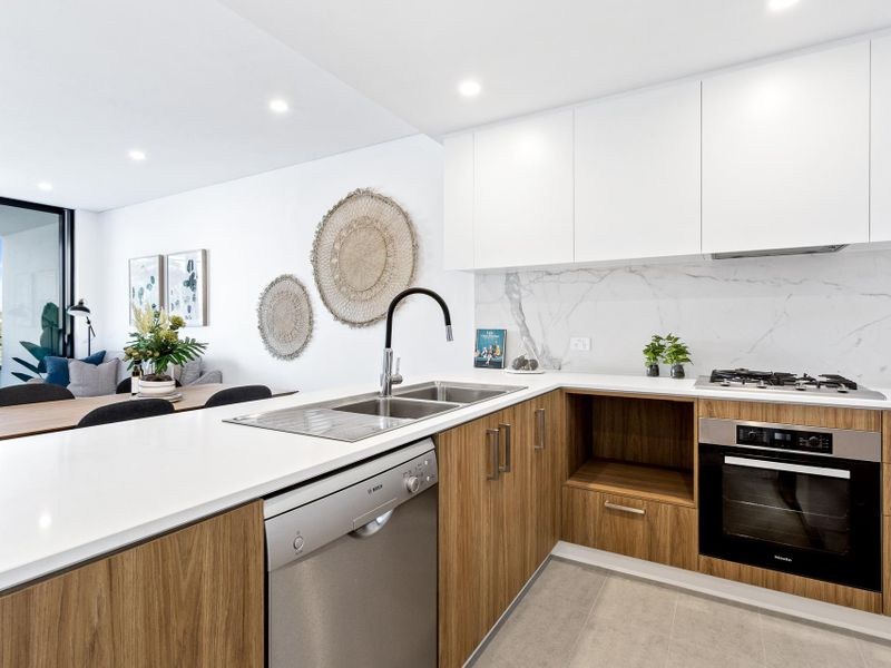 https://propertyphotos.vaultre.com.au/835/756614__reaimport-1568678522-347119-442165.jpg