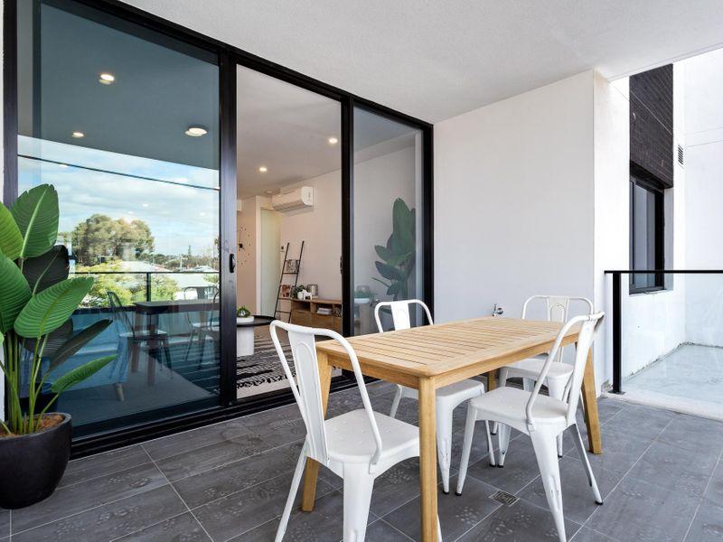 https://propertyphotos.vaultre.com.au/835/756622__reaimport-1568678525-347119-442165.jpg