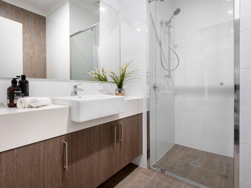 https://propertyphotos.vaultre.com.au/835/756736__reaimport-1568678573-347129-442175.jpg