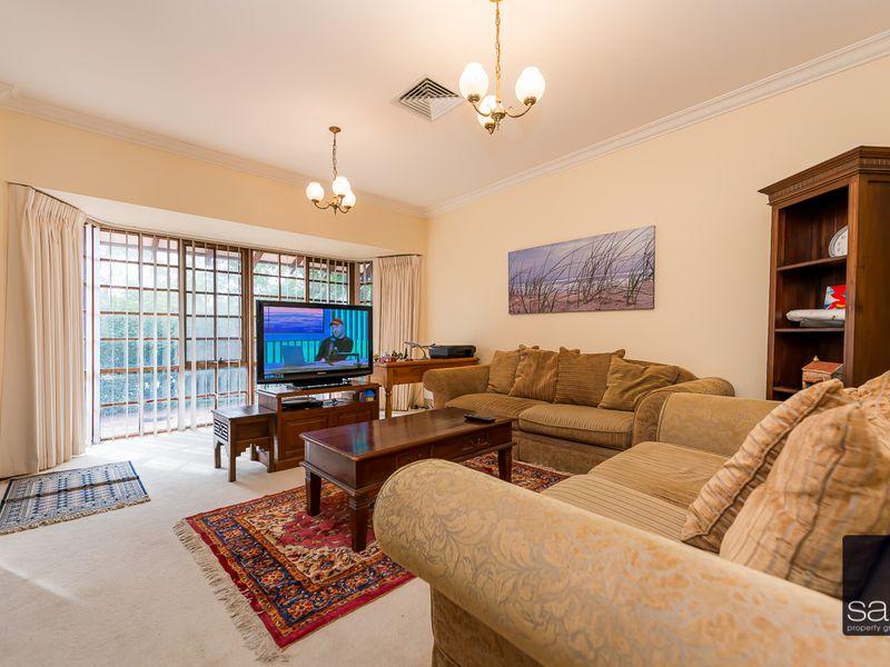 https://propertyphotos.vaultre.com.au/835/756791__reaimport-1568678595-347132-442178.jpg