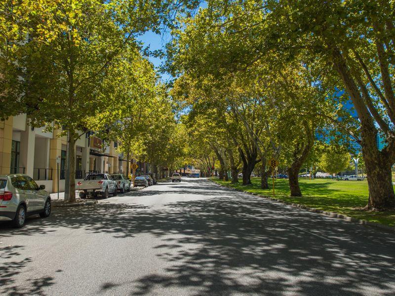 https://propertyphotos.vaultre.com.au/835/756851__reaimport-1568678622-347136-442182.jpg