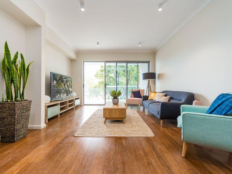 https://propertyphotos.vaultre.com.au/835/756960__reaimport-1568678667-347143-442189.jpg