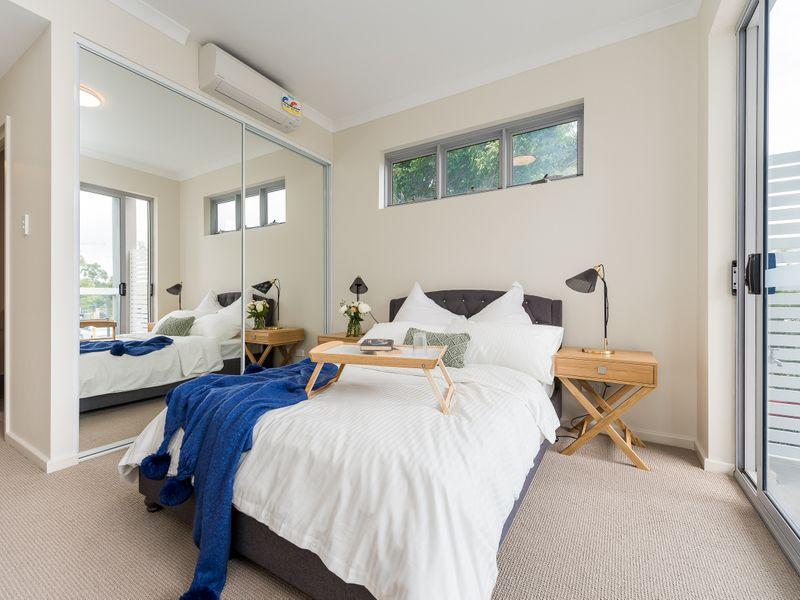 https://propertyphotos.vaultre.com.au/835/756969__reaimport-1568678670-347143-442189.jpg